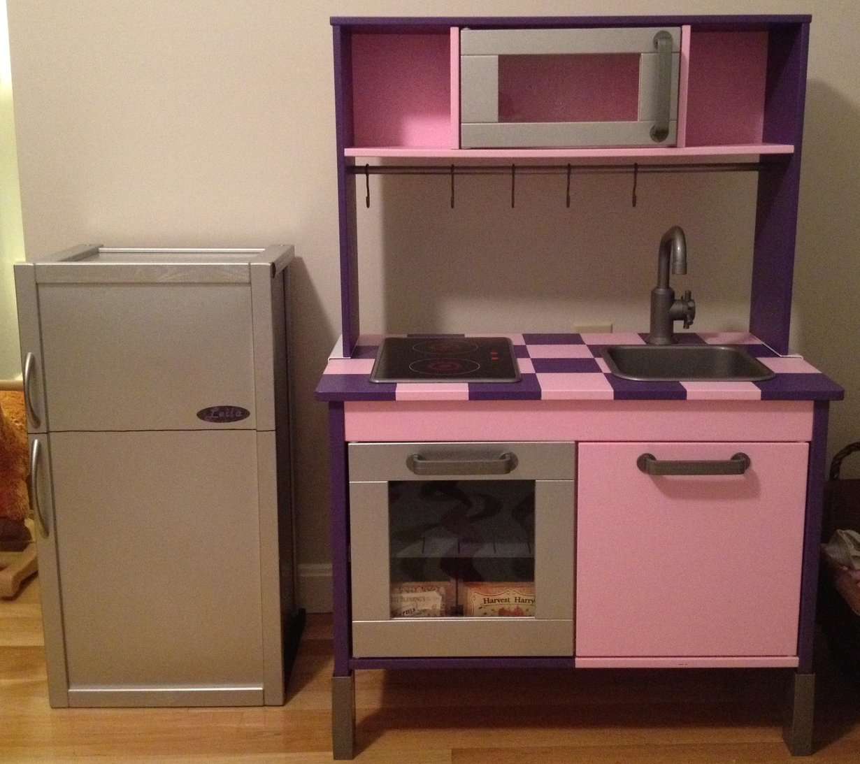 Ikea Hack Kinderkueche Duktig Kitchen Goes From Bland To Bling - Ikea Hackers
