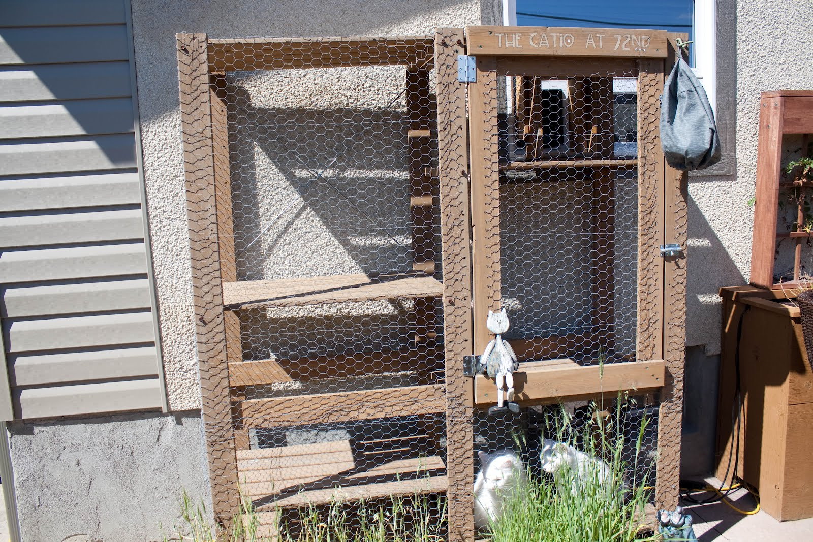 Outdoor Cat Shelves Outdoor Cat Enclosure Ikea Hackers