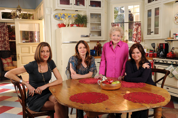 Domsjo Sink Famous Kitchens – Get The Look: Hot In Cleveland - Tv