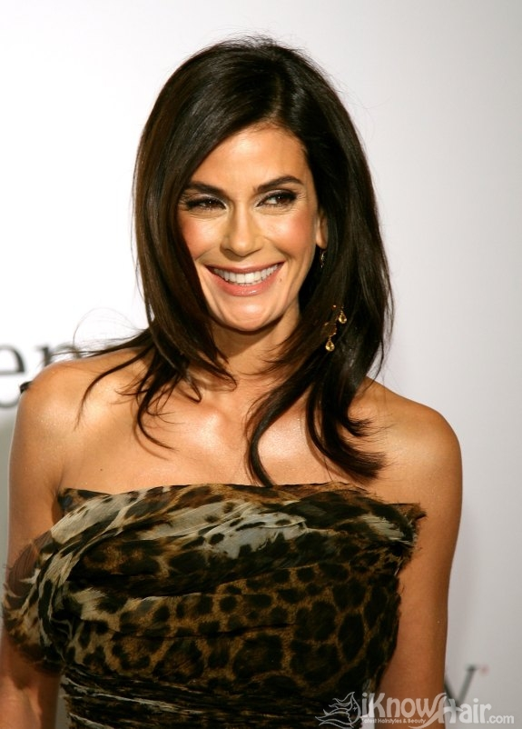 Short Hairstyles Dyed Teri Hatcher Hairstyles 2011 Teri Hatcher Hair Style 2011