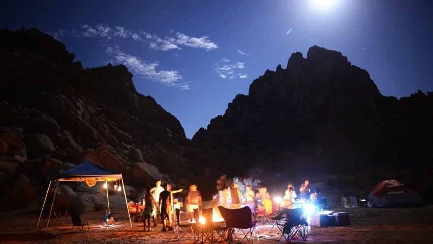 Live Fall Wallpaper For Pc Time Lapse Of Camping At Night In Joshua Tree National