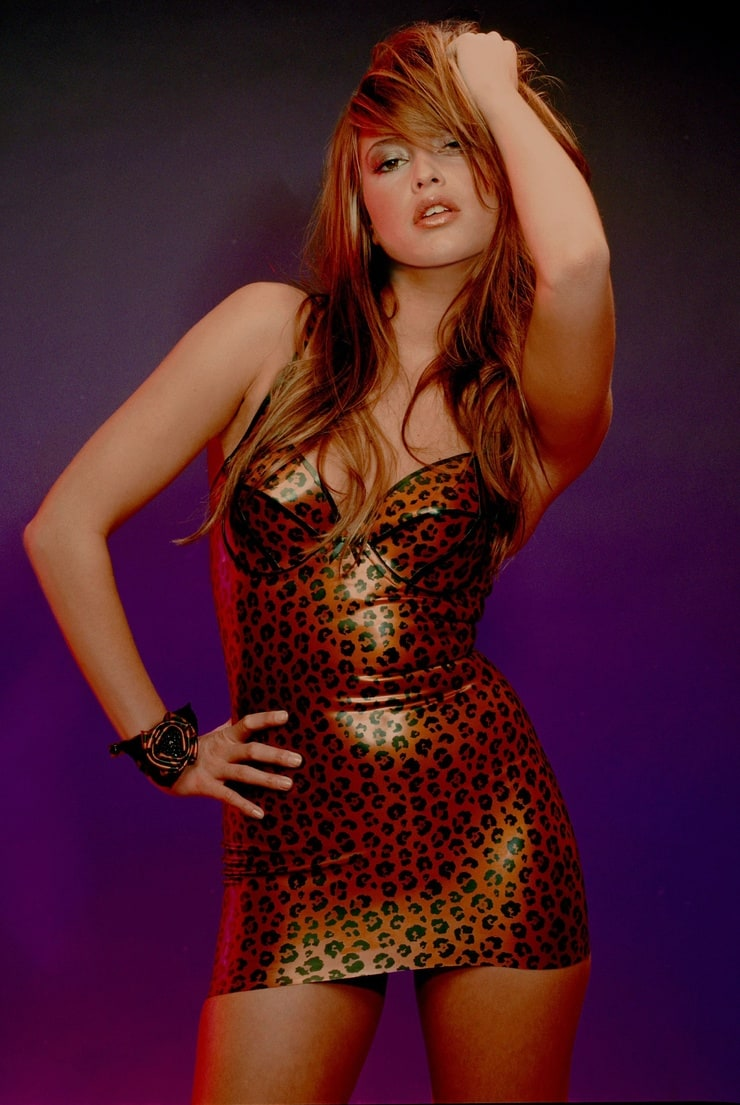 Modern Pin Up Girls Wallpaper Picture Of Holly Valance