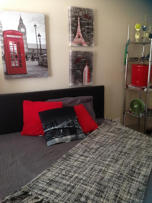 Black And White Wallpaper Bedroom Ideas Decorating The Room Of Your Teen Traveller Ilearnbytravel