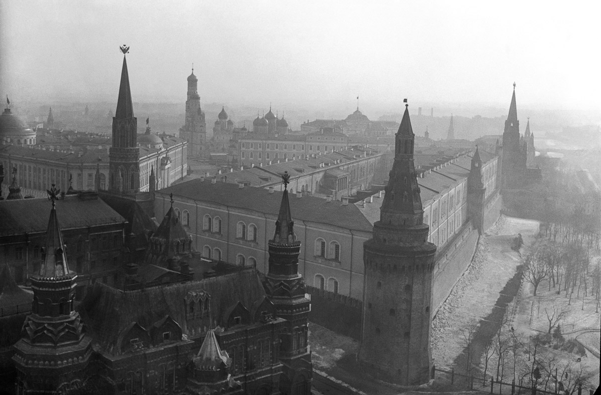 Cool Old Cars Wallpapers Old Moscow Photos In Hq Part 1 18 Pics I Like To