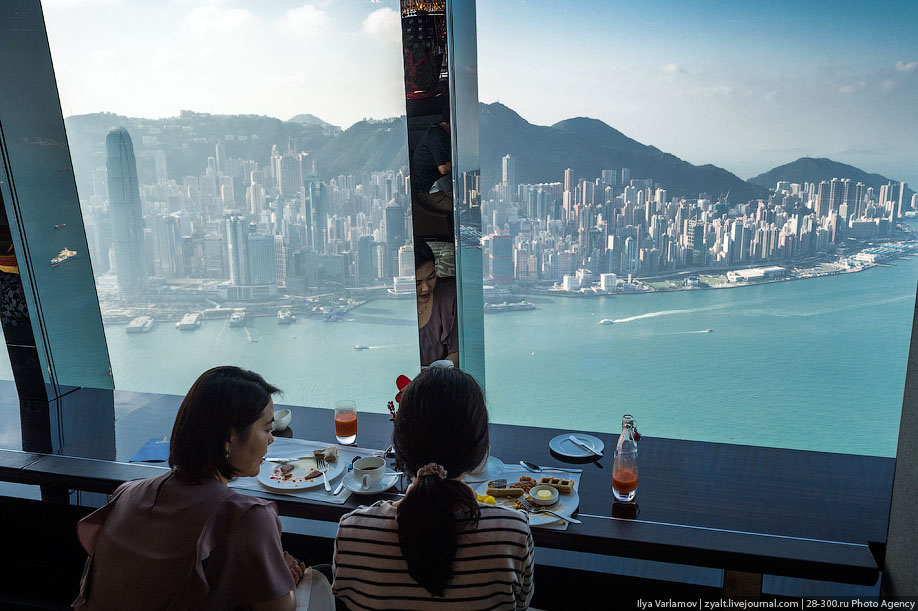 Terrasse Spa The Tallest Hotel In The World [17 Pics] | I Like To Waste