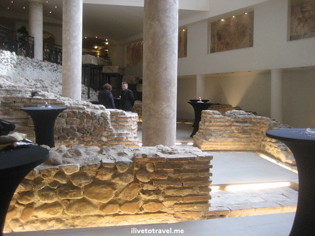 Sofia, Bulgaria, Serdica, hotel, Roman ruins, history, architecture, photo, Canon EOS Rebel