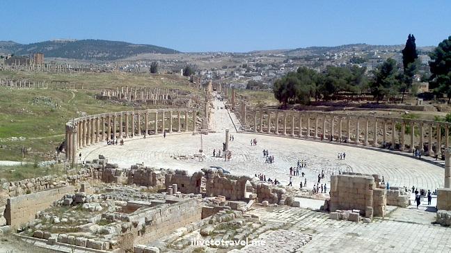 FOrum Roman rins Jerash Jordan history