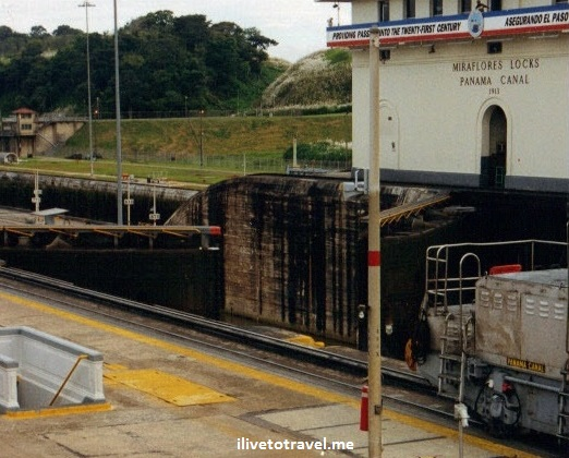 Panama Canal, mule, ship, Panamax, Canal Zone, Panama, photo, Canon EOS Rebel, shipping