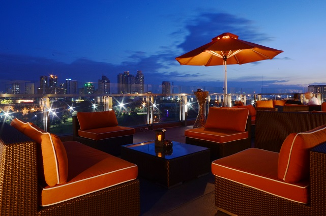 Bayleaf Hotel, Sky Deck, rooftop terrace, Manila, Philippines, sunset, Intramuros
