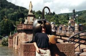 Old Brige, mandrill, monkey, Heidelberg, Germany, architecture, travel, photo, Canon EOS Rebel