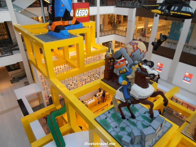 Lego, Legoland, Mall of America, Minneapolis, Minnesota, entertainment, shopping, travel, Christmas, Olympus