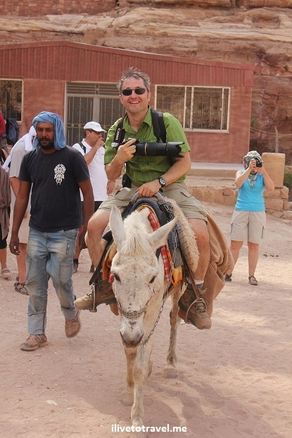 traveler, explorer, Jordan, photo, travel, adventure, donkey, ride, Petra, camera, Canon EOS Rebel