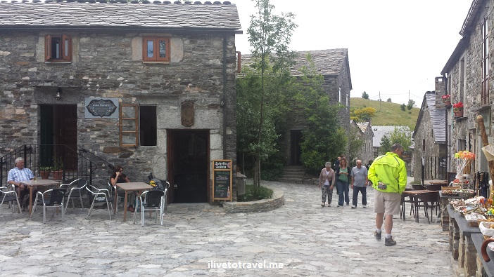 O Cebreiro, Spain, Lugo, Santiago, Camino, rustic, charming village, Olympus, travel, photo, architecture