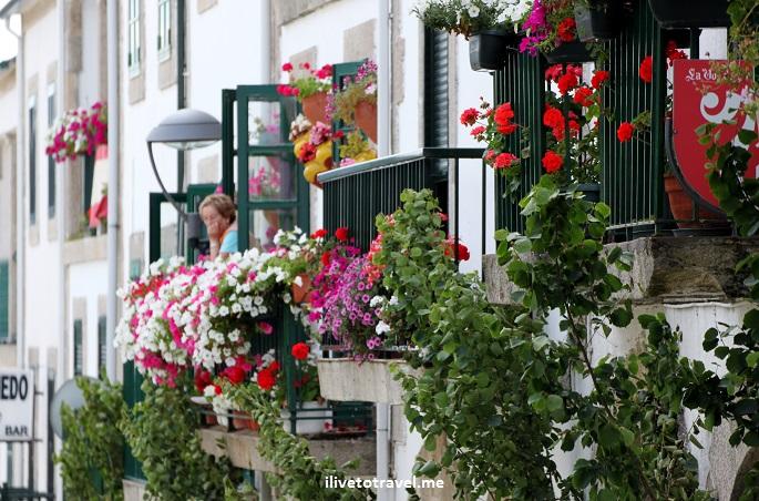 Portomarin, Galicia, Camino, Santiago, street scene, photo, travel, Canon EOS Rebel