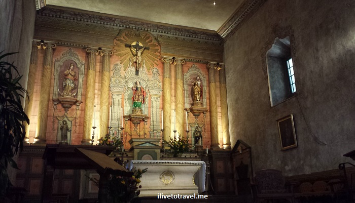 Santa Barbara, Mission, California, Franciscan, Olympus, travel, photo, architecture, history, religion, church, Catholic, altar