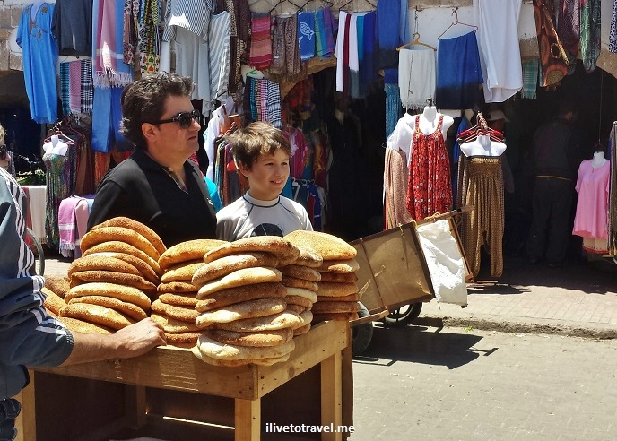 Essaouira, Morocco, souk, market, Old Medina, food, bread