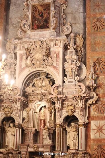 Cathedral, Santiago de Compostela, Plaza del Obradoiro, Camino, The Way, pilgrimage, Spain, España, Espagne, travel, altar, photo, Canon EOS Rebel