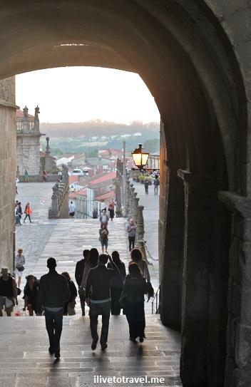 Plaza do Obradoiro, Santiago de Compostela, Galicia, Spain, architecture, travel,photo, Canon EOS Rebel, arcade