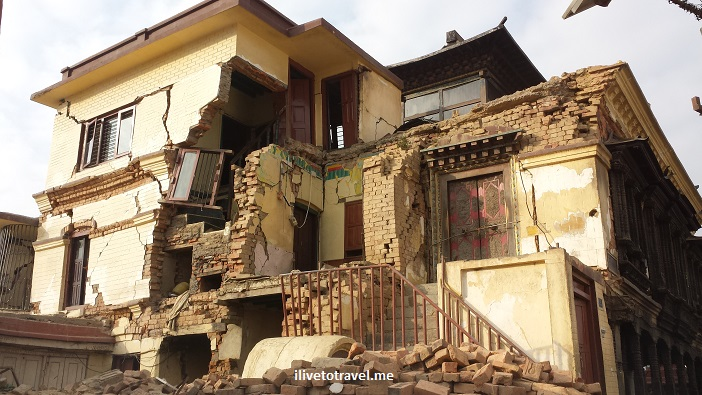 Swayambhunath, Kathmandu, Katmandu, Nepal, monkey, temple, stoupa, Buddhist, travel, Samsung Galaxy, earthquake, damage