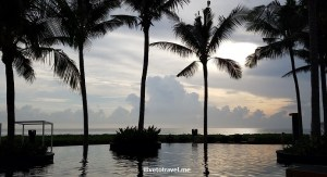 travel, Bali, resort, beach, relax, W hotel, Seminyak, photo, sunset, clouds, sky, Samsung Galaxy S7, makestic