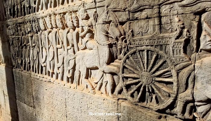Angkor Thom, Bayon, temple, Khmer, Cambodia, Camboya, Cambodge, travel, explore, adventure, tourism, photo, samsung Galaxy, S7, carving