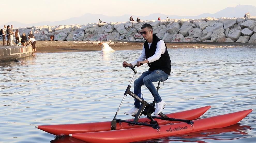 Napoli Tutti Pazzi Per Il Waterbike Gara E Prove Libere