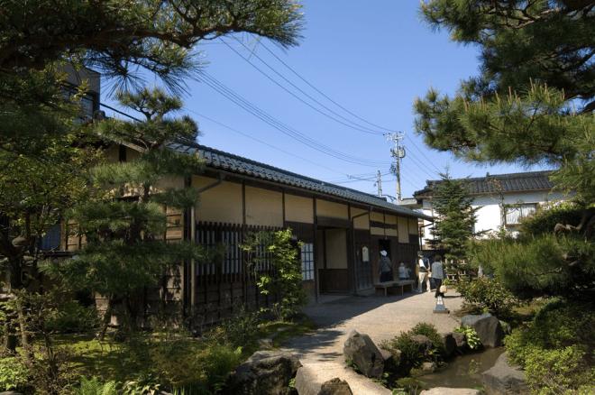 旧加賀藩士高田家跡(きゅうかがはんしたかだけあと)