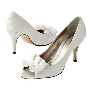 Wedding Shoes Selection just for you Make your Pick (2)