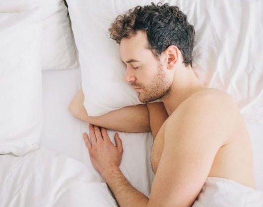 why sleeping naked