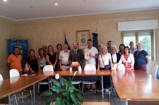 visita sindaco Ceriano Laghetto foto con sindaco di Carlopoli gruppo