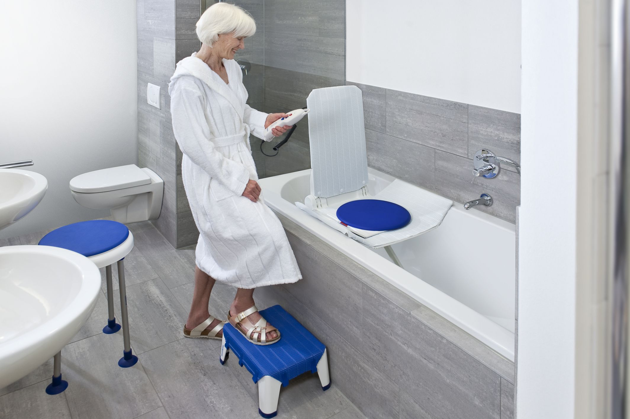 Commodes Solver Bath Aids Independent Living Specialists Ils