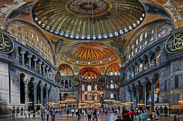 İstanbul'da mutlaka görülmesi gereken mekanlar