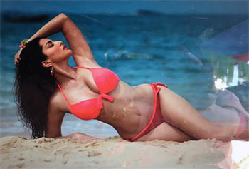 All Indian Girls Wallpaper Sunny Leone Puts On A Bikini For Mastizaade Rediff Com