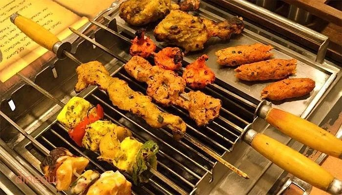 Coal Bbq Get Buffet Deals And 20 Cashback At Coal Barbecues Velachery