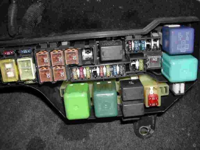 UsedFuse Box TOYOTA Altezza Gita - BE FORWARD Auto Parts