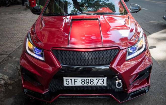 Chiêm ngưỡng chiếc Chevrolet Cruze độ ''tới nóc'' tại Thành phố Hồ Chí Minh - 4