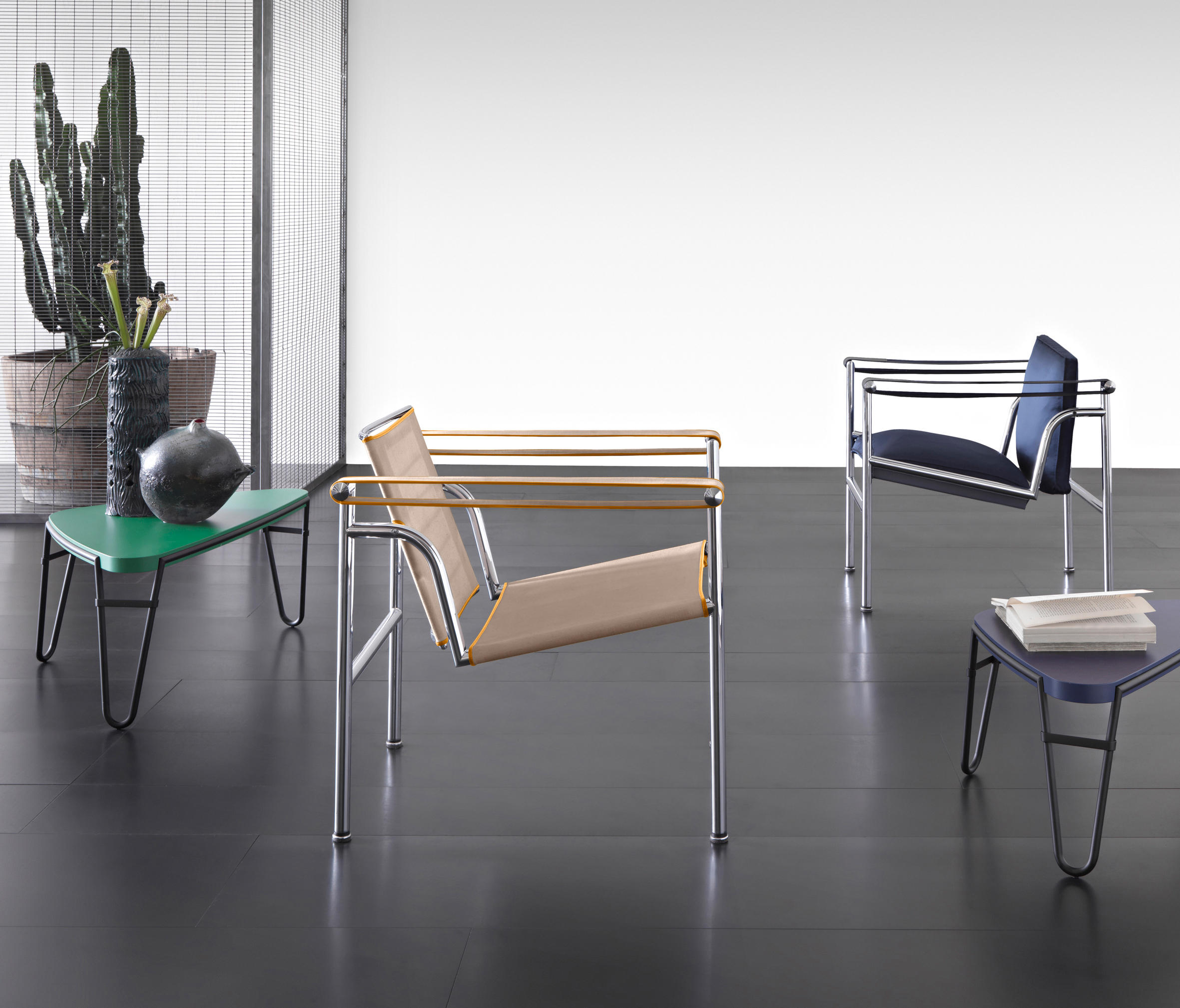 Lc1 Sessel Lc1 Sessel Von Cassina Architonic