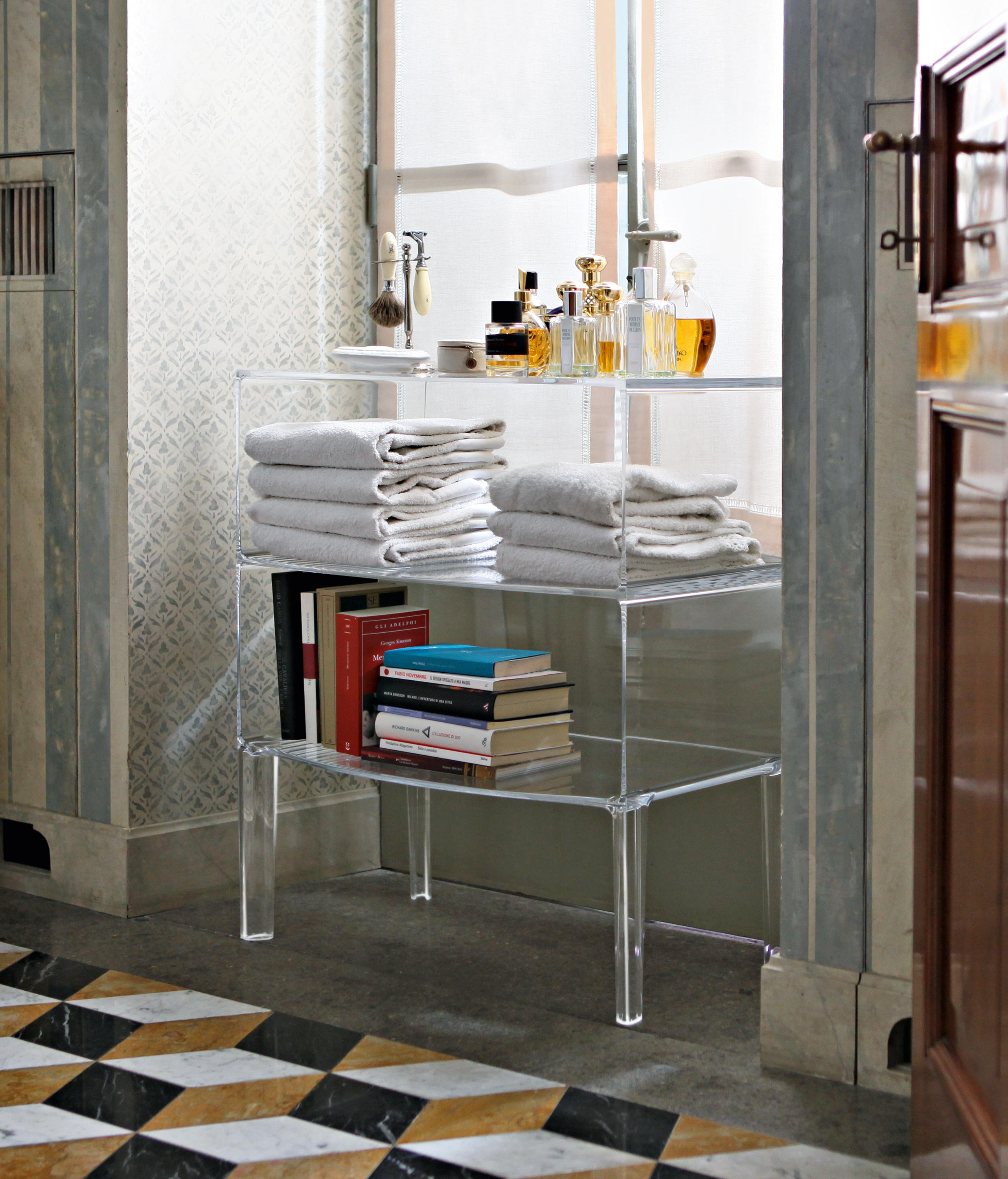 Kartell Möbel Small Ghost Buster & Designermöbel | Architonic