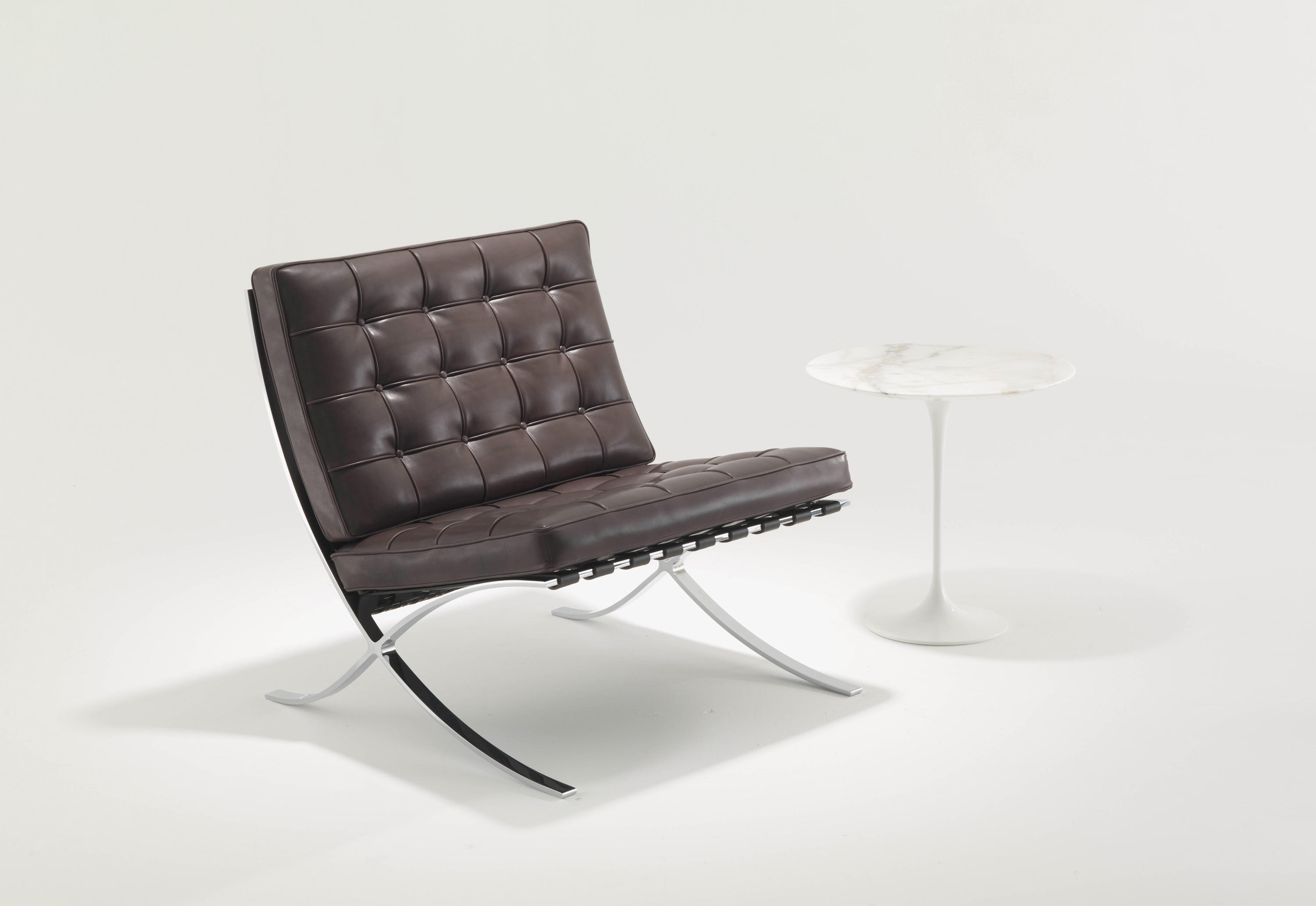 Couchtisch Bauhausstil Barcelona Relax Chair Armchairs From Knoll International
