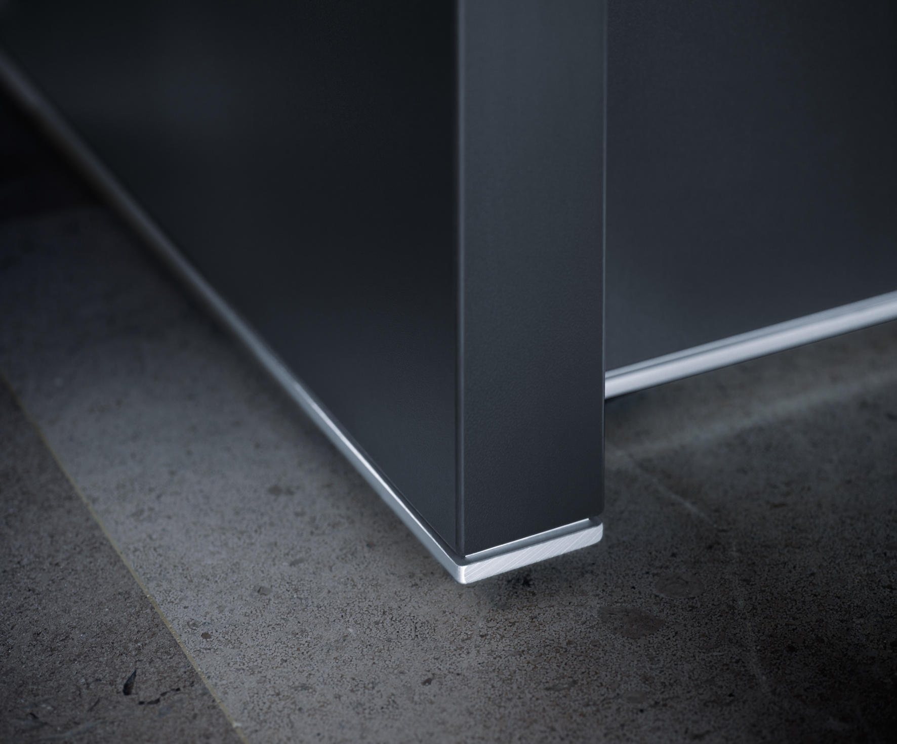 Sockelleisten Metall Reception Desk Counters From Sedus Stoll Architonic