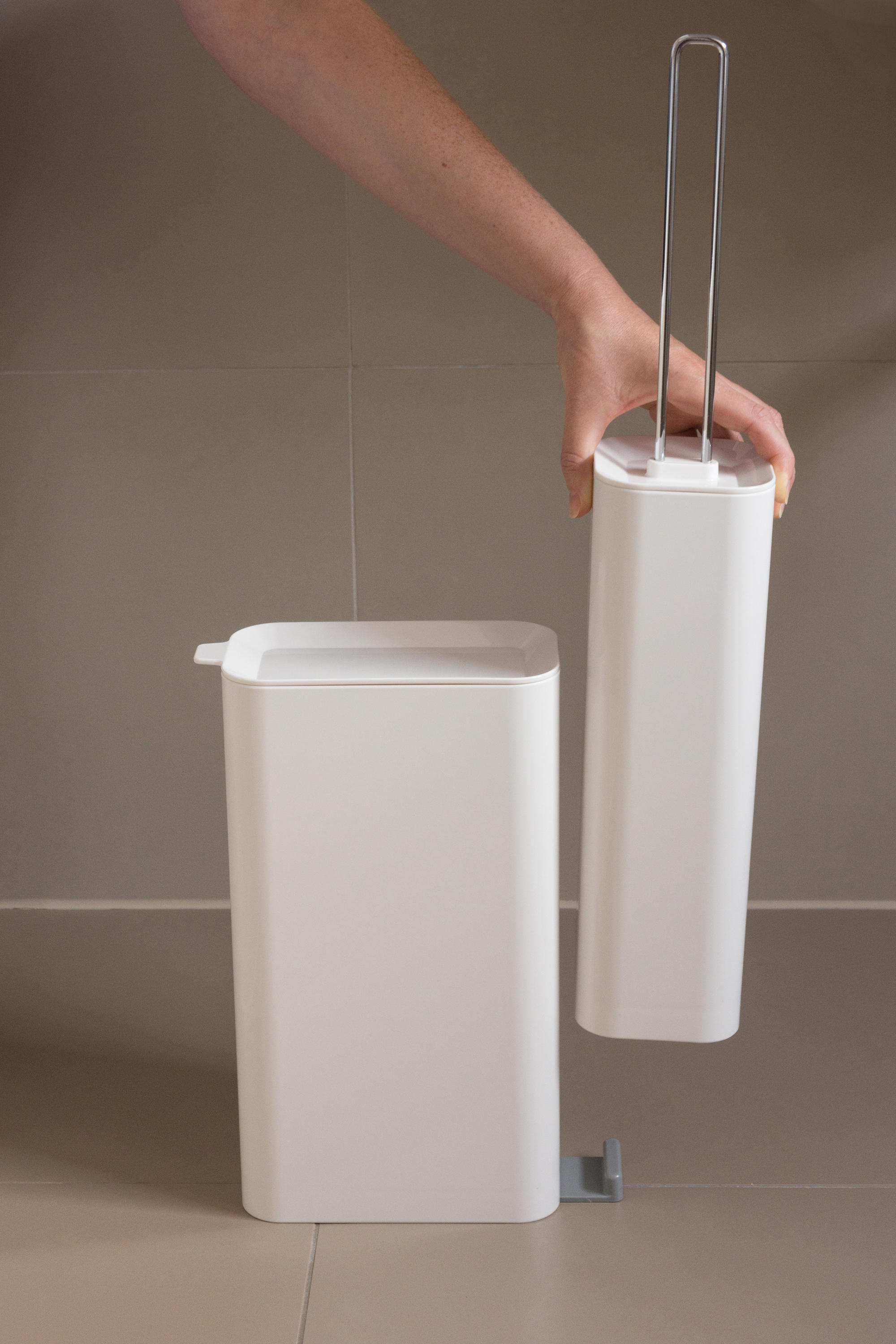 Space Saving Toilet Paper Holder Privy Toilet Stands From Studio Domo Architonic