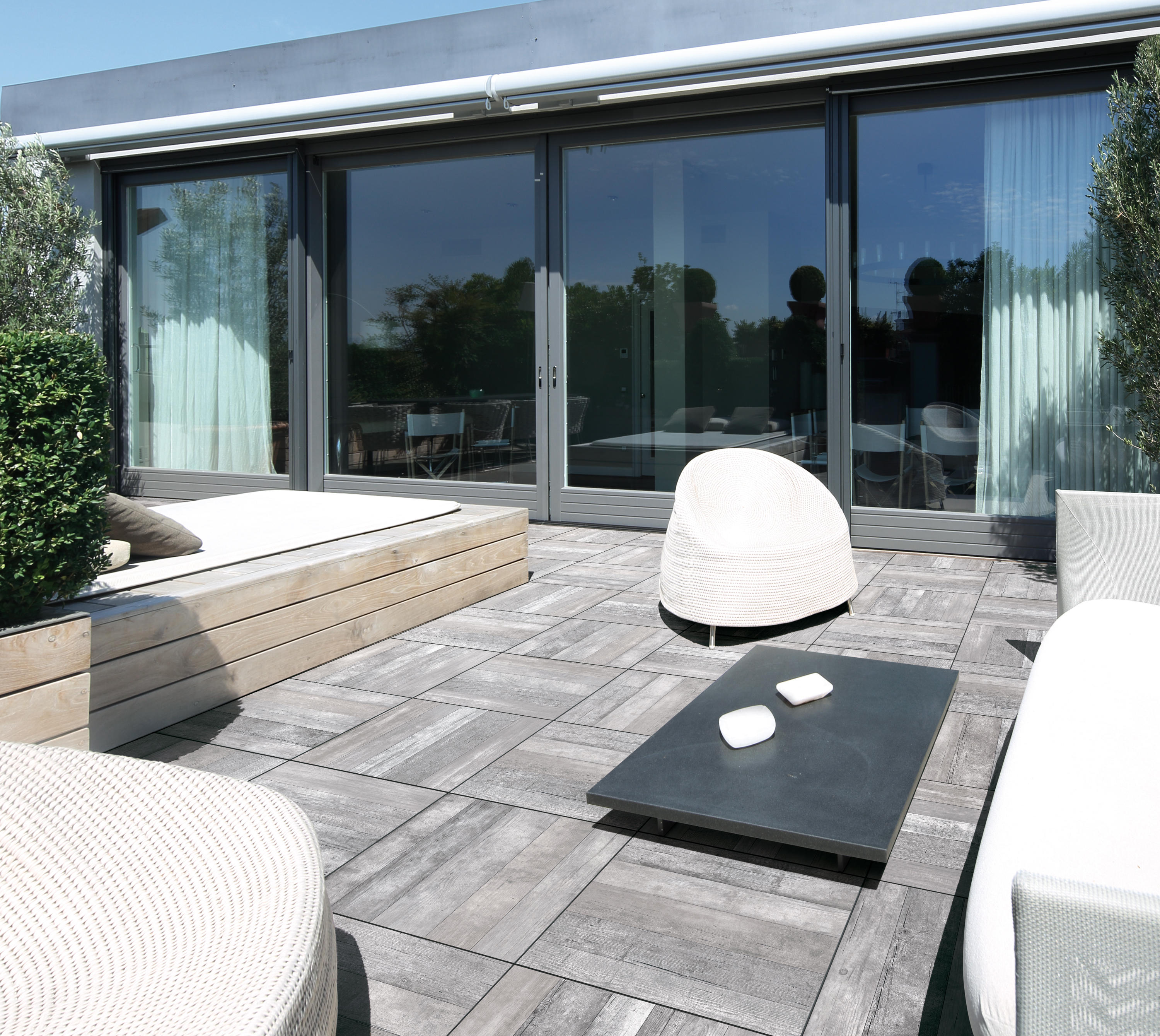 Outdoor Timber Tiles Icon Outdoor White Ceramic Tiles From Florim Architonic