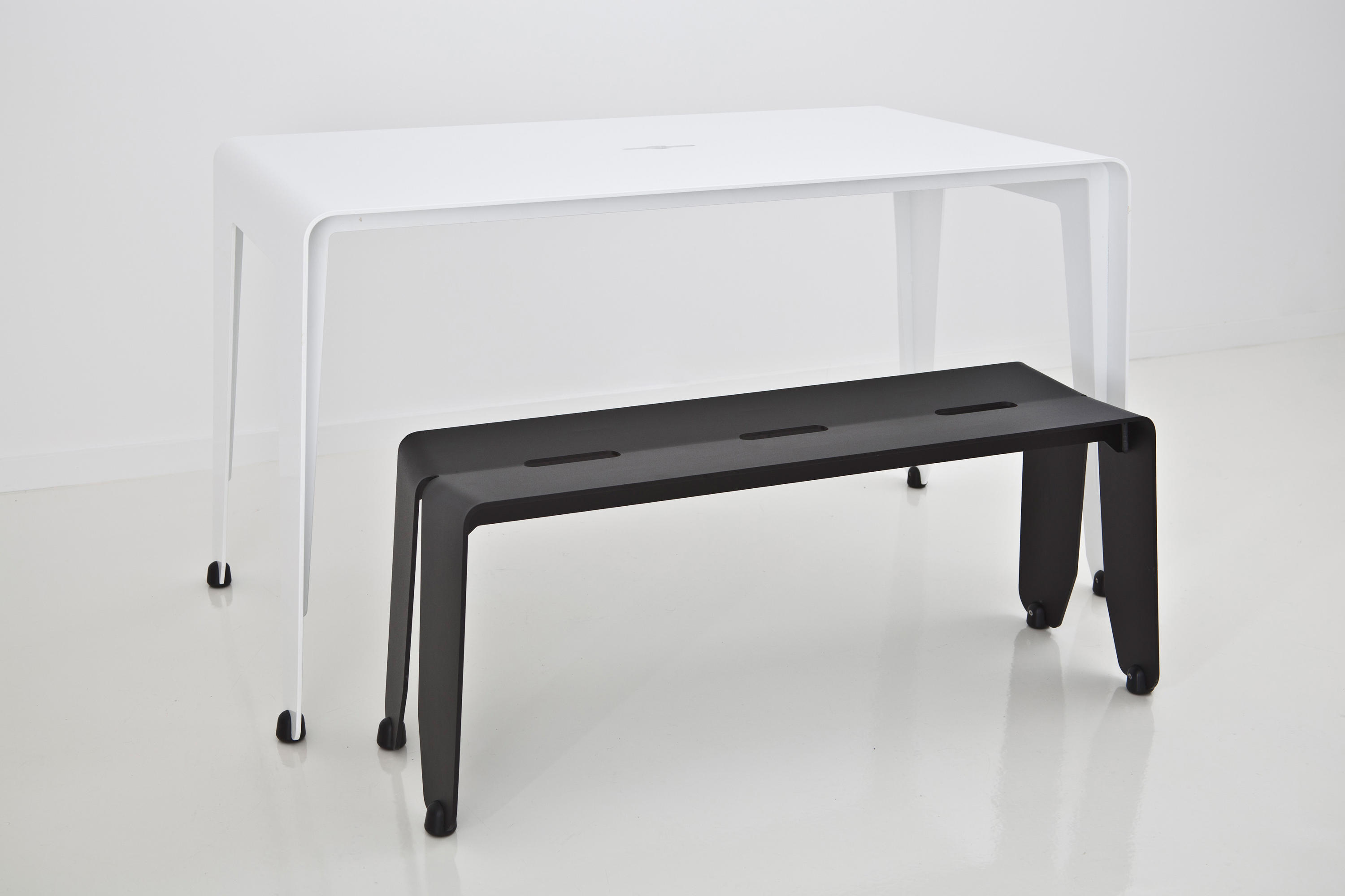 Black Bench Brainwash Bench Satin Black Benches From Luxxbox Architonic