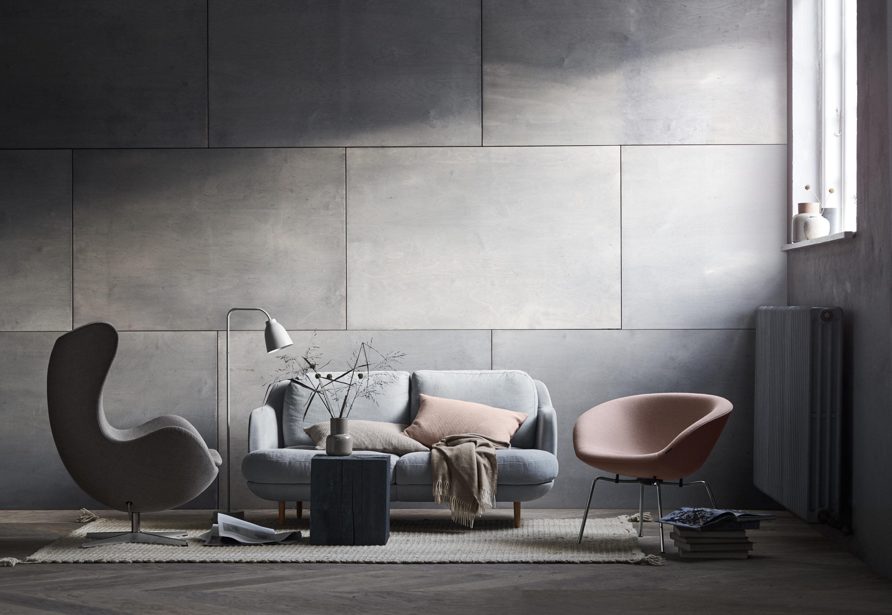 Fauteuil Egg Jacobsen Pot™ | Fabric, Chromed Steel Base - Armchairs From Fritz