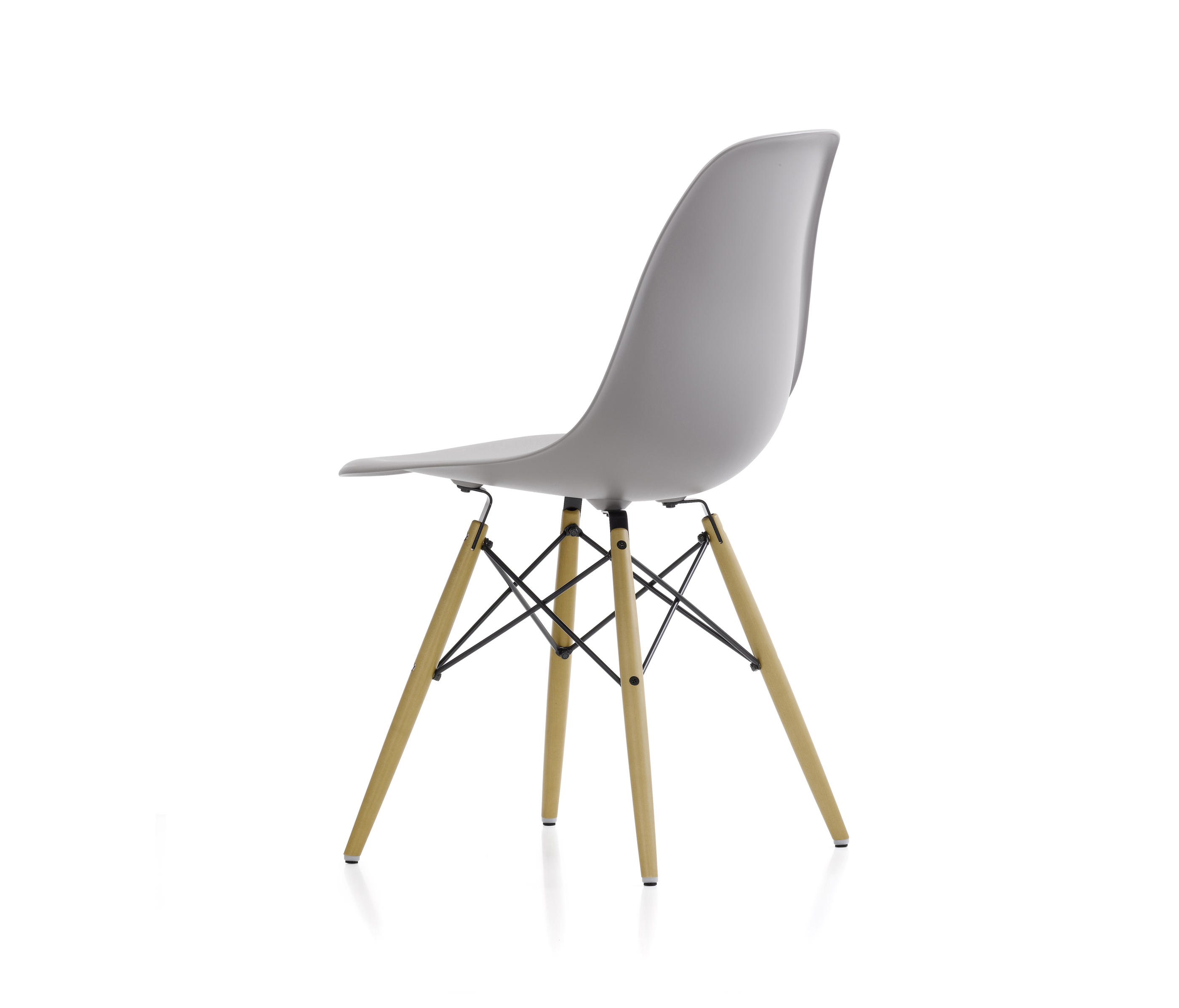 Eames Chair Vitra Preisvergleich Eames Plastic Side Chair Dsw Chairs From Vitra Architonic
