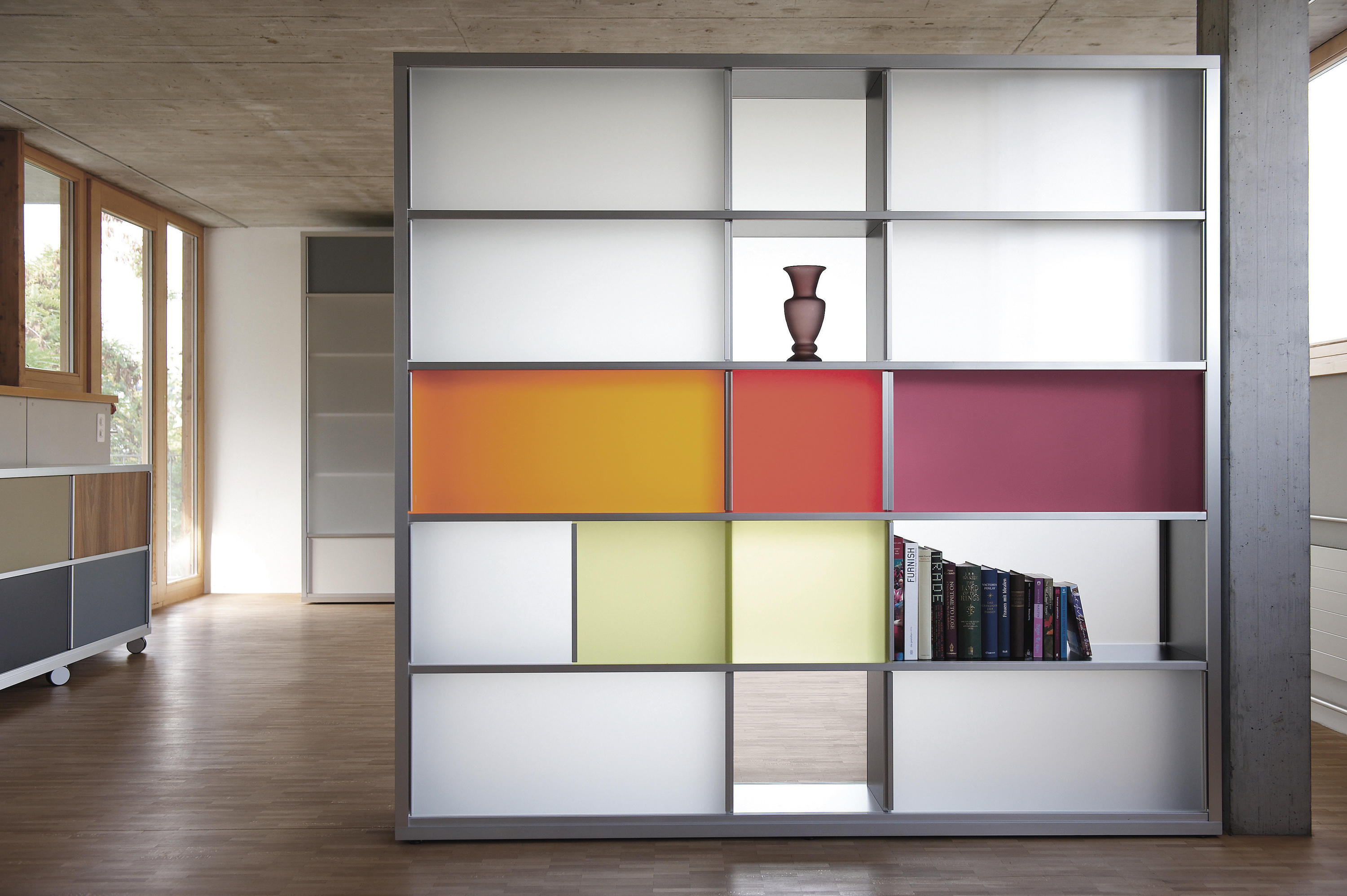 Regal System Regalsystem Shelving From Chamäleon Design Architonic