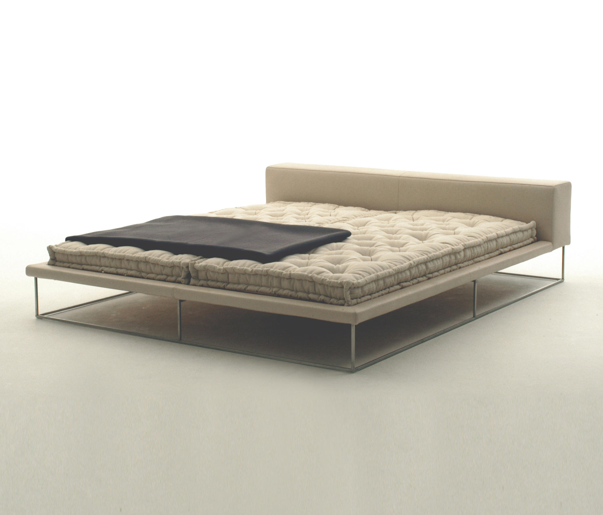 Living Divani Bed Ile Bed - Double Beds From Living Divani | Architonic