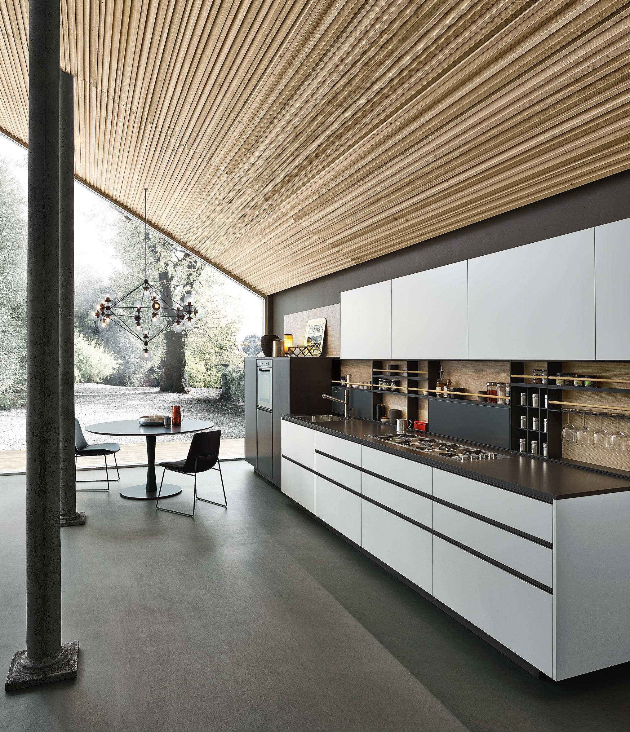Cuisine Varenna My Planet With Integrated Handle Fitted Kitchens From