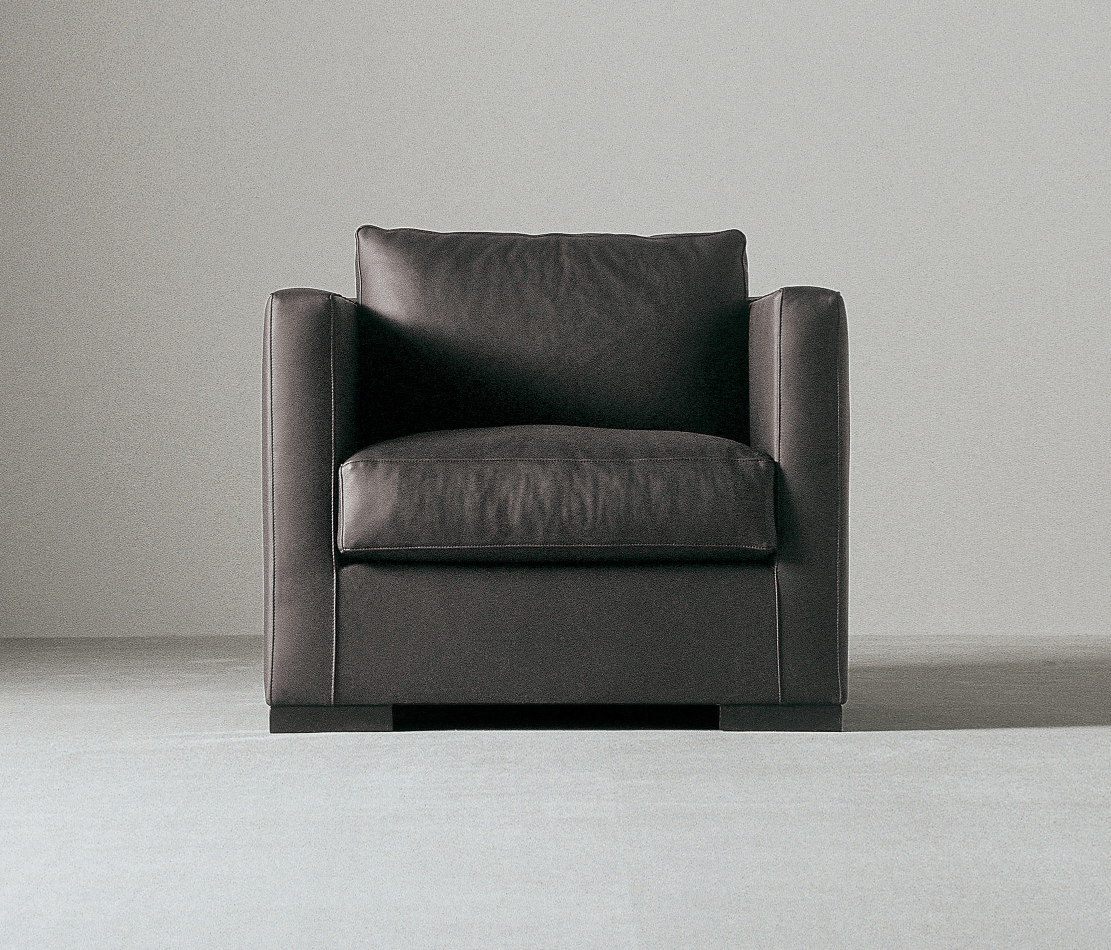 Belmondo Sessel Belmon Armchair Lounge Chairs From Meridiani Architonic