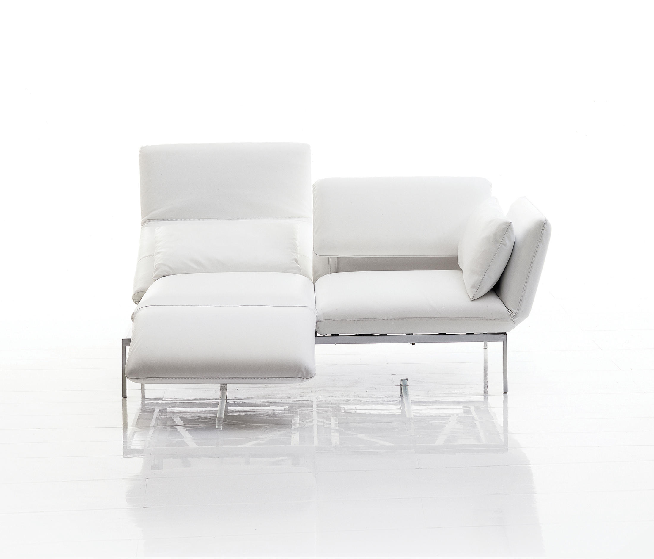 Schlafsofas Bonn Roro Medium Sofas From Brühl Architonic